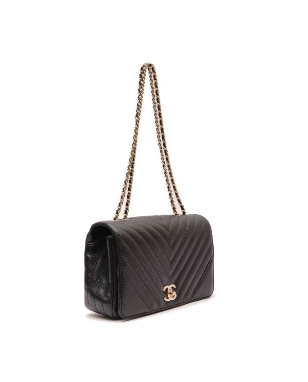 CHANEL BLACK CHEVRON BAG