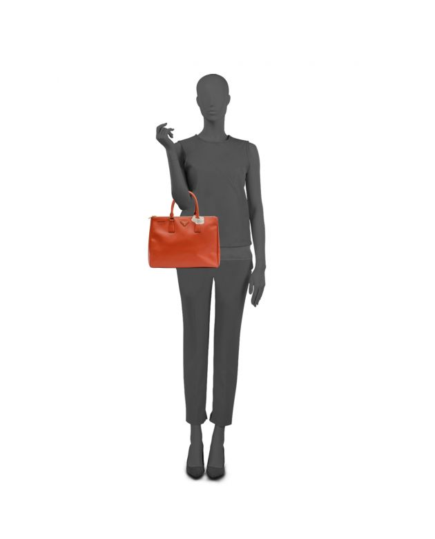 ORANGE MEDIUM SAFFIANO LUX TOTE
